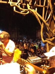 Sambinha na São Salvador